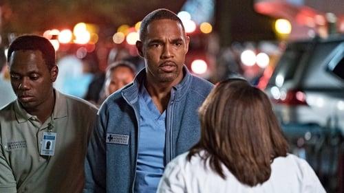Grey's Anatomy - Season 13 - Episode 24: Ring of Fire