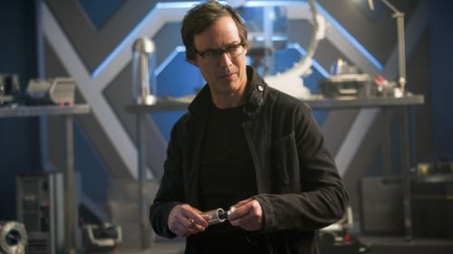 The Flash - Season 4 - Episode 21: Harry and the Harrisons
