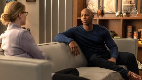 Supergirl - Season 4 - Episode 20: Will The Real Miss Tessmacher Please Stand Up?
