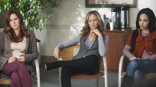 Grey's Anatomy - Season 8 - Episode 18: The Lion Sleeps Tonight