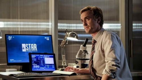 The Flash - Season 3 - Episode 12: Untouchable
