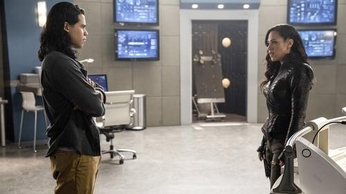 The Flash - Season 3 - Episode 18: Abra Kadabra