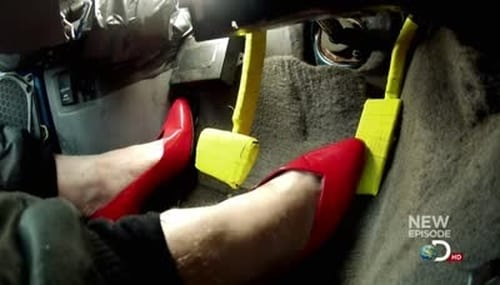 MythBusters: Season 2012 – Épisode Driving in Heels