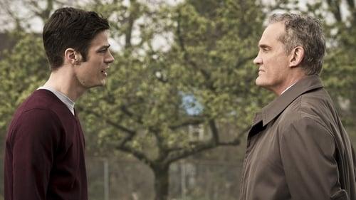The Flash - Season 2 - Episode 21: The Runaway Dinosaur