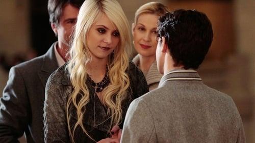 Gossip Girl - Season 3 - Episode 22: Last Tango, Then Paris