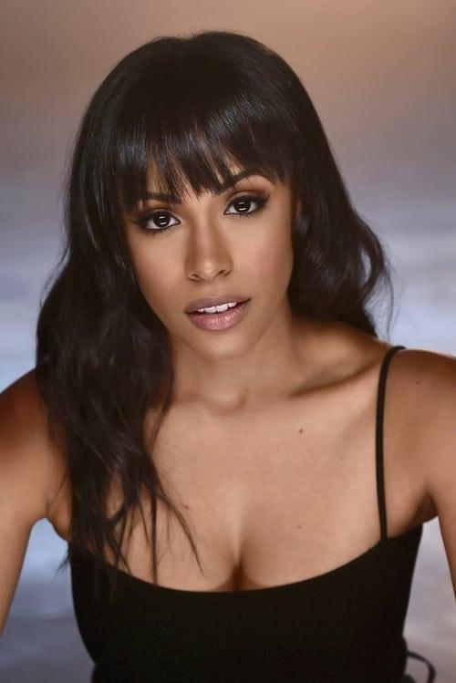 Nicolette Robinson