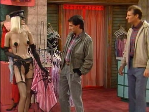 Married... with Children - Season 3 - Episode 6: Her Cups Runneth Over