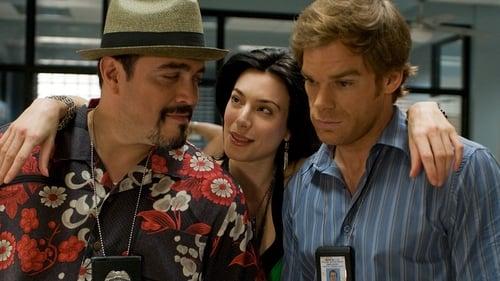 Dexter - Season 2 - Episode 9: Resistance is Futile