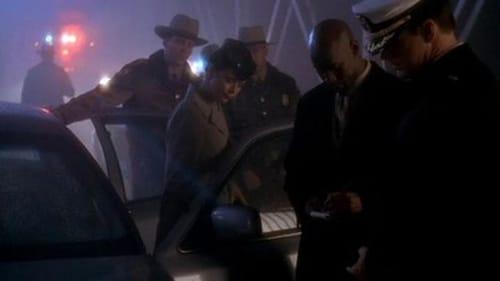 JAG: Season 10 – Épisode The Man on the Bridge