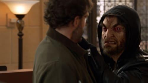 Grimm - Season 2 - Episode 13: Face Off (2)