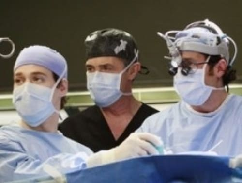 Grey's Anatomy - Season 3 - Episode 18: Scars and Souvenirs
