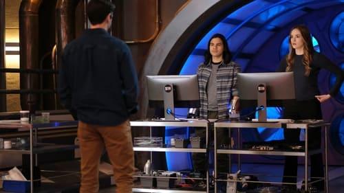 The Flash - Season 7 - Episode 10: Family Matters (1)