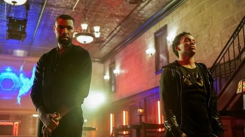 Black Lightning - Season 1 - Episode 10: Sins of the Father: The Book of Redemption