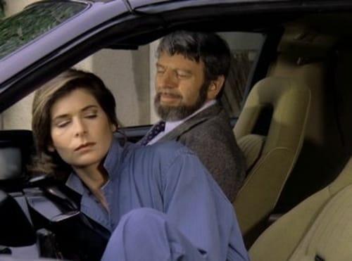Knight Rider 1982 720p Webrip: Season 1 – Episode Chariot of Gold