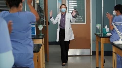 Grey's Anatomy - Season 17 - Episode 16: I'm Still Standing