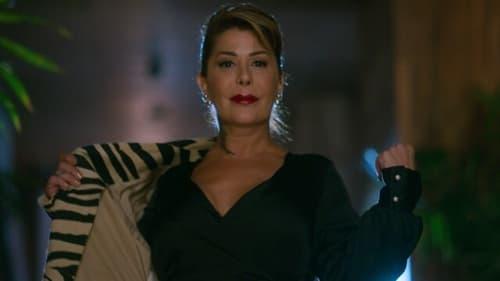 El Juego de las Llaves - Season 2 - Episode 2: Introducing… Astrid & Gloria