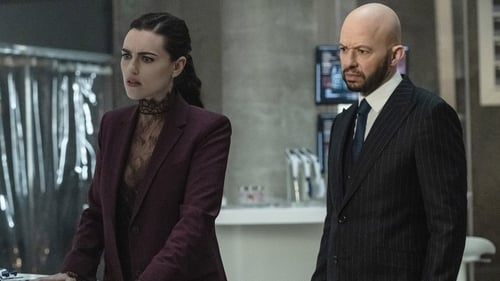 Supergirl - Season 5 - Episode 17: Deus Lex Machina