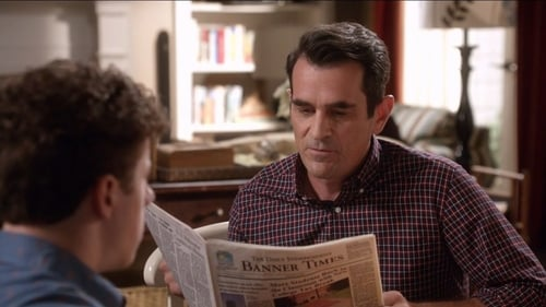 Modern Family - Season 7 - Episode 6: The More You Ignore Me