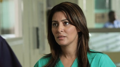 Holby City - Season 14 Episode 14 : She's Electric