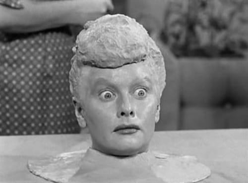 I Love Lucy: Season 2 – Épisode Lucy Becomes a Sculptress