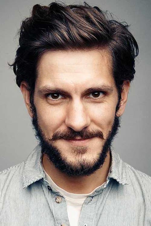 Kép: Mathew Baynton színész profilképe