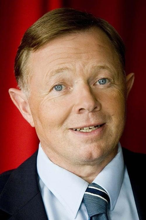 Jesper Asholt
