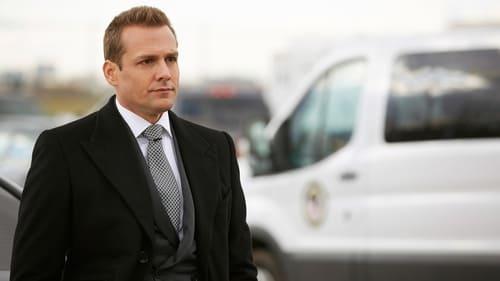 Suits - Season 5 - Episode 16: 25th Hour