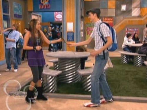 Hannah Montana: Season 3 – Episode Promma Mia