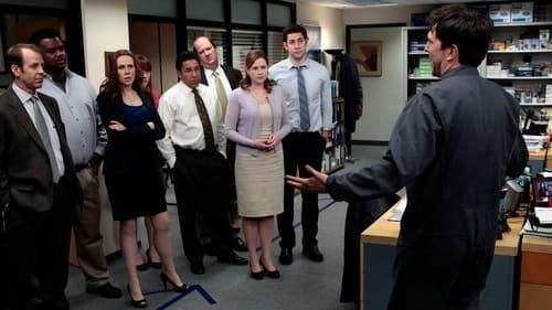 The Office - Season 8 - Episode 24: Free Family Portrait Studio