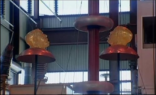 MythBusters: Season 2003 – Épisode Lightning Strikes/Tongue Piercing