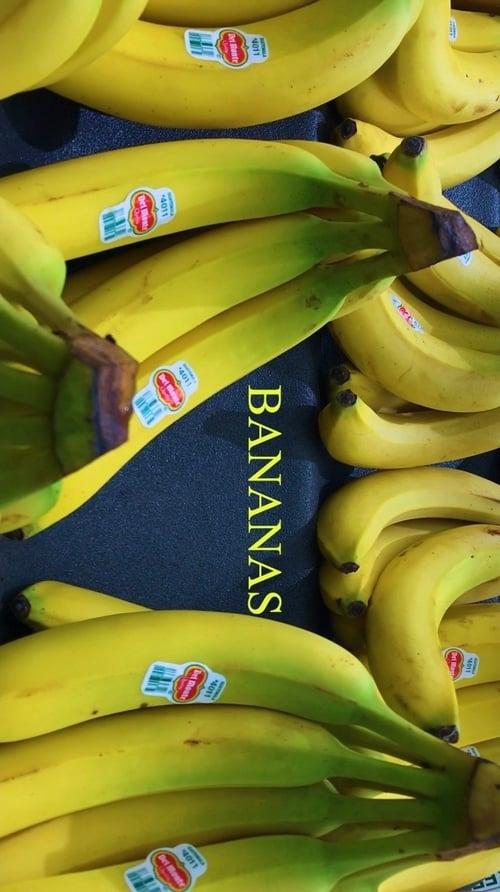 Bananas (1970)