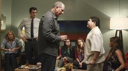 Modern Family - Season 3 - Episode 2: When Good Kids Go Bad