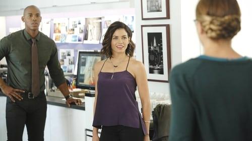 Supergirl - Season 1 - Episode 3: Fight or Flight