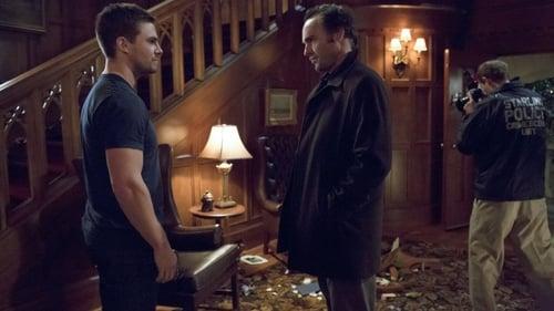 arrow - Season 1 - Episode 20: home invasion