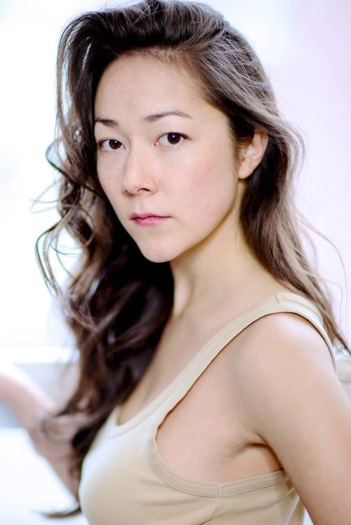Kép: Emily Piggford színész profilképe