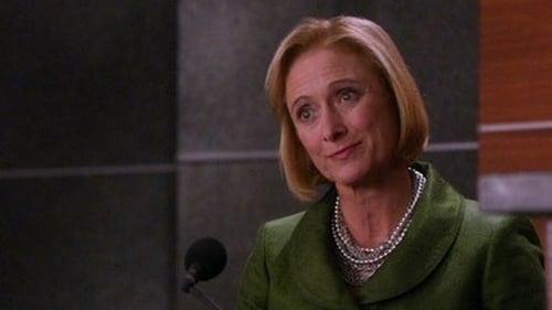 The Good Wife - Season 2 - Episode 19: Wrongful Termination