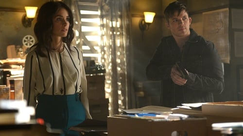 Timeless: Season 1 – Épisode The Red Scare
