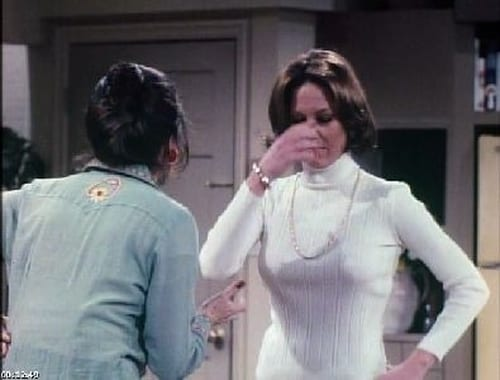 Rhoda: Season 1 – Episode Along Comes Mary