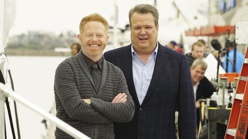 Modern Family - Season 8 - Episode 12: Do You Believe In Magic