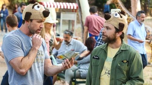 It's Always Sunny in Philadelphia - Season 14 - Episode 5: The Gang Texts