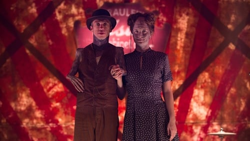 American Horror Story: Freak Show – Episode Curtain Call