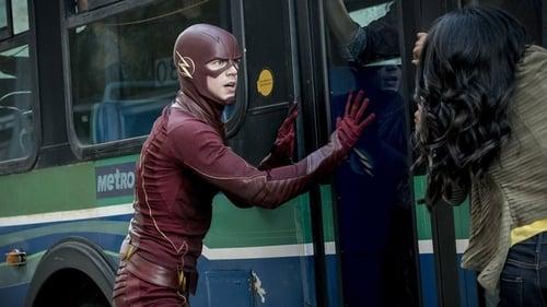 The Flash - Season 3 - Episode 5: monster