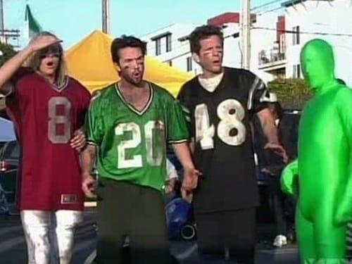 It's Always Sunny in Philadelphia - Season 3 - Episode 2: The Gang Gets Invincible