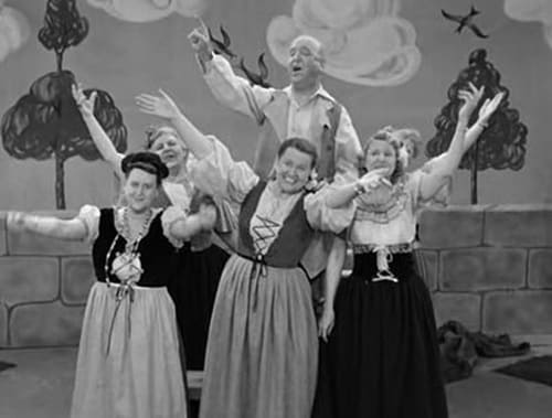 I Love Lucy: Season 2 – Épisode The Operetta