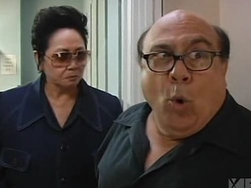 It's Always Sunny in Philadelphia - Season 3 - Episode 6: The Gang Solves the North Korea Situation