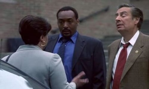 Law & Order: Season 12 – Épisode Who Let The Dogs Out?