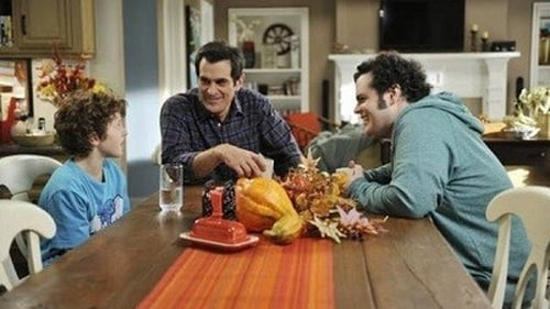 Modern Family - Season 3 - Episode 9: Punkin Chunkin