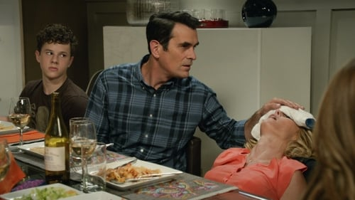 Modern Family - Season 6 - Episode 3: The Cold