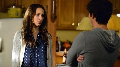 Pretty Little Liars - Season 5 - Episode 9: March of Crimes