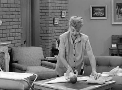 I Love Lucy: Season 2 – Épisode Pregnant Women are Unpredictable